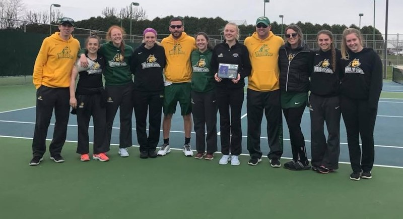 Defeats Oakland on Senior Day - Wright State University